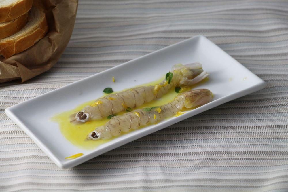 Canocchie pescate al cestello semimarinate confoglioline di origano, scorza di limone e citronette - Saluma Cesenatico