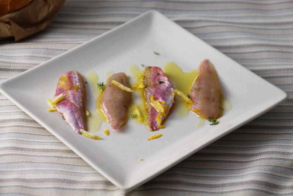 Triglie semimarinate con Timo e scorza di limone - Saluma Cesenatico